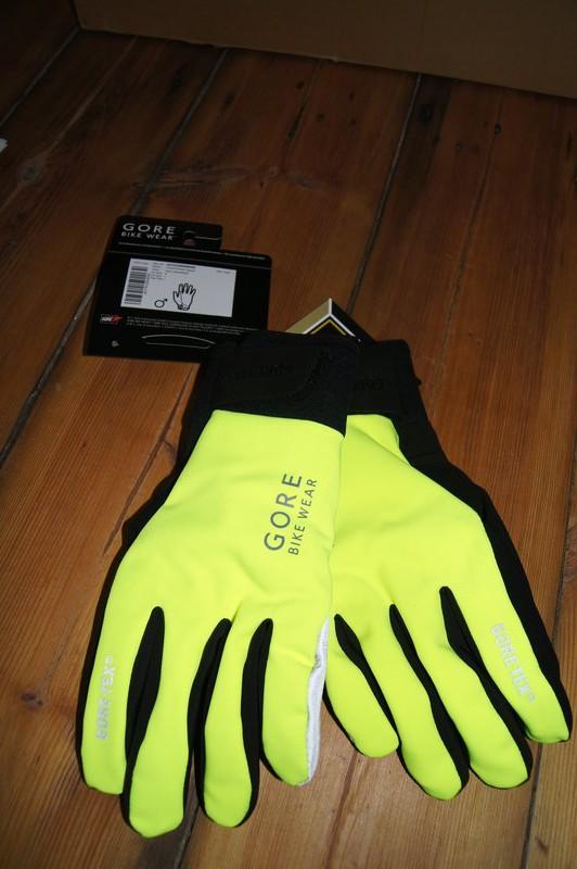 Handschuhe wie Blinker, Foto: e.Rad Hafen