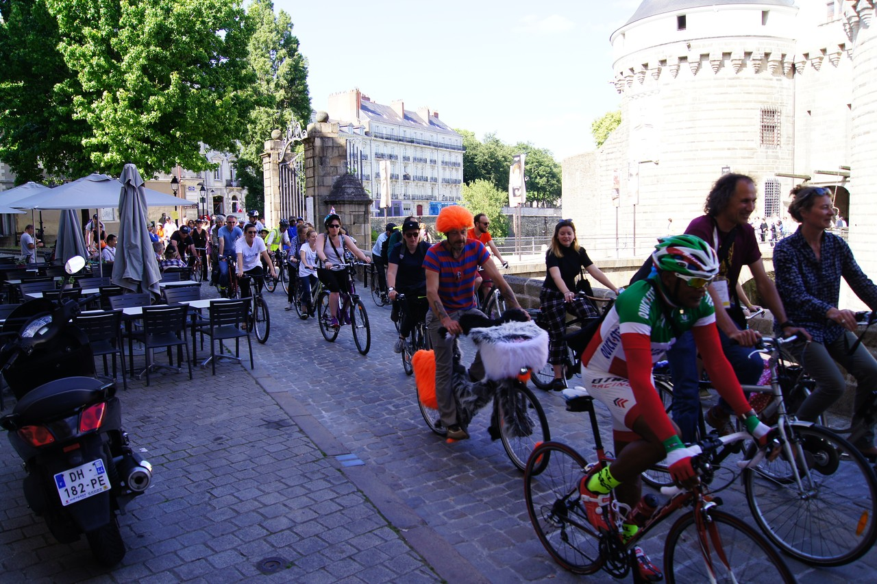 """Velo-city 2015 Nantes – Pictures around the city and the """"Parade du Vélo"""""""